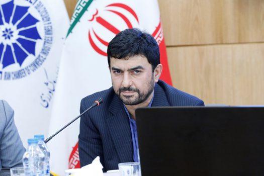 قائم مقام وزیر صمت در امور بازرگانی مطرح کرد: استقرار کیوسکهای نظارت در حوزههای تجارت کشور/ نرم افزار راهنمای تجارت راه اندازی میشود