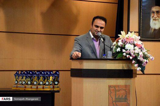 عضو هیات مدیره خانه صنعت، معدن و تجارت ایران:برخی قوانین سد راه توسعه صنعتی کشور است