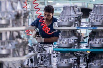معاون وزیر صنعت: ۸۴۴ میلیون یورو به قطعهسازان پرداخت می شود
