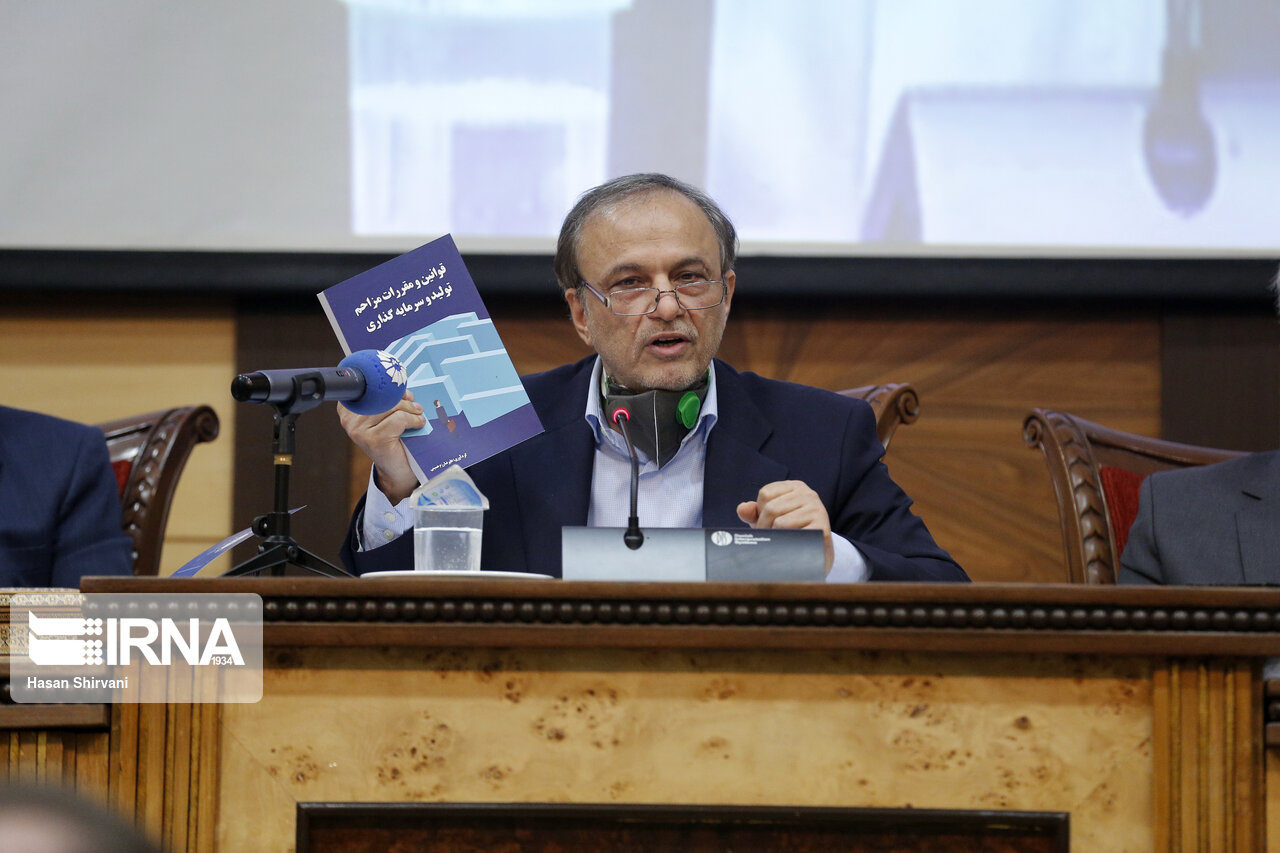 تاکید وزیر جدید صمت بر تامین به موقع کالاهای اساسی
