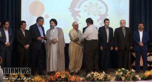 به مناسبت روز صنعت / تجلیل از فعالان بخش صنعت و معدن کُردستان
