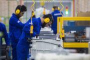 معاون وزیر صنعت اعلام کرد: برنامهریزی برای راه اندازی۱۵۰۰ واحد راکد در سال ۹۹