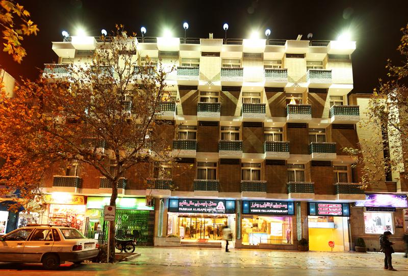 هتل عالی قاپو اصفهان