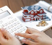 مالیات بر عائدی سرمایه در آستانه تصویب املاک، سکه، ارز و خودرو منتظر مالیات باشند/ سپردههای بانکی معاف ماند