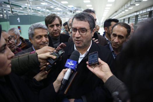 وزیر صمت در گفتگو با خبرنگاران در خراسان رضوی: اعلام تحریم های جدید کار ما را متوقف نمیکند/ افزایش حجم تولید در کشور نیاز به تامین نقدینگی را بیشتر کرده است