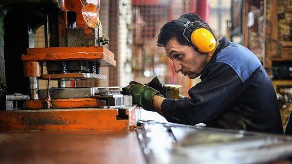 گزارش جدید صندوق بینالمللی پول از اقتصاد ایران منتشر شد/ رشد اقتصادی ایران از سال۲۰۲۰ مثبت میشود
