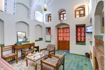 هتل ایرانگردی و جهانگردی نایین