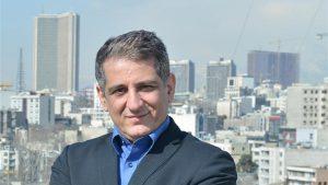 دبیرکل خانه صنعت، معدن و تجارت ایران: تولیدکنندگان باید یک قدم از واردکنندگان جلوتر باشند