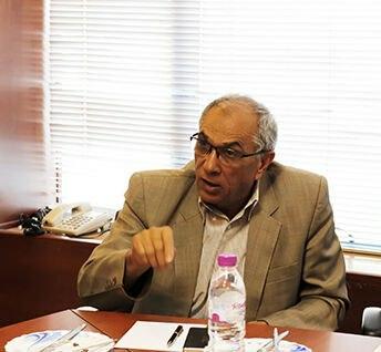 در گفتوگو با بازار مطرح شد؛نایب رئیس خانه صنعت،معدن و تجارت ایران: چرخ صنعت با حرف نمیچرخد؛ دولت، بخش خصوصی را رقیب میبیند