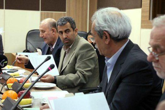 رئیس کمیسیون اقتصادی مجلس مطرح کرد: افزایش نرخ سود اوراق به تولید و نظام بانکی لطمه می زند