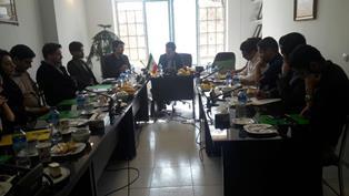 نشست مشترک باشگاه دانشگاهی دانشگاه فردوسی با دبیر خانه صنعت، معدن وتجارت خراسان رضوی برگزار شد