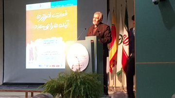رئیس خانه صنعت، معدن و تجارت ایران: وضعیت غذایی در کشور خراب است/ کم توجهی به صادرات صنایع غذایی
