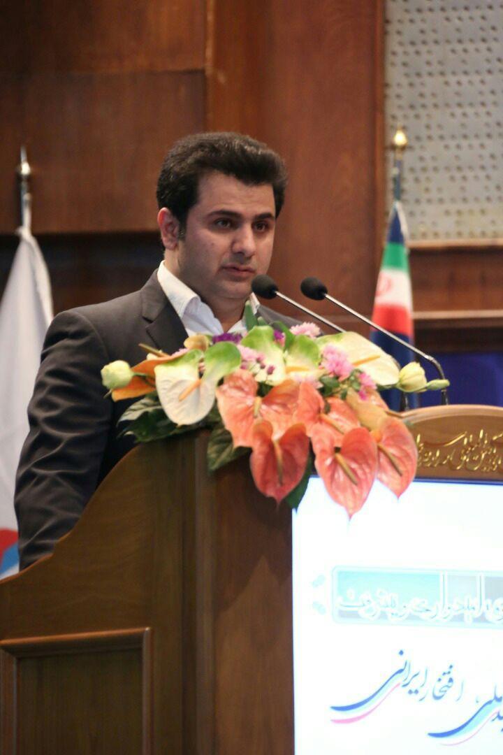 یادداشت رییس خانه صنعت، معدن و تجارت جوانان ایران/اقتصاد رو به زوال با فروش اموال دولتی